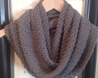 Gray Infinity Scaf, Gray Scarf, EVERYDAY CASUAL SCARF, Crochet Scarf, Ready to Ship