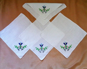 Embroidered Hankies, Linen Handkerchiefs, Wedding Handkerchief, Wedding Hankie, Old Wedding Accessory, Lot of  hankies, 60s