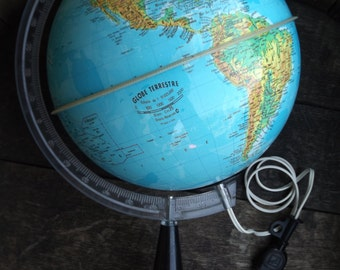 Globe lamp vintage / Globe world map of 1960 / lamp globe made in France vintage