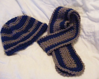 Womens Crocheted Hat and Scarf