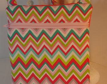 cross body purse chevron shoulder bag pink coral quilted zipper exterior pocket light weight