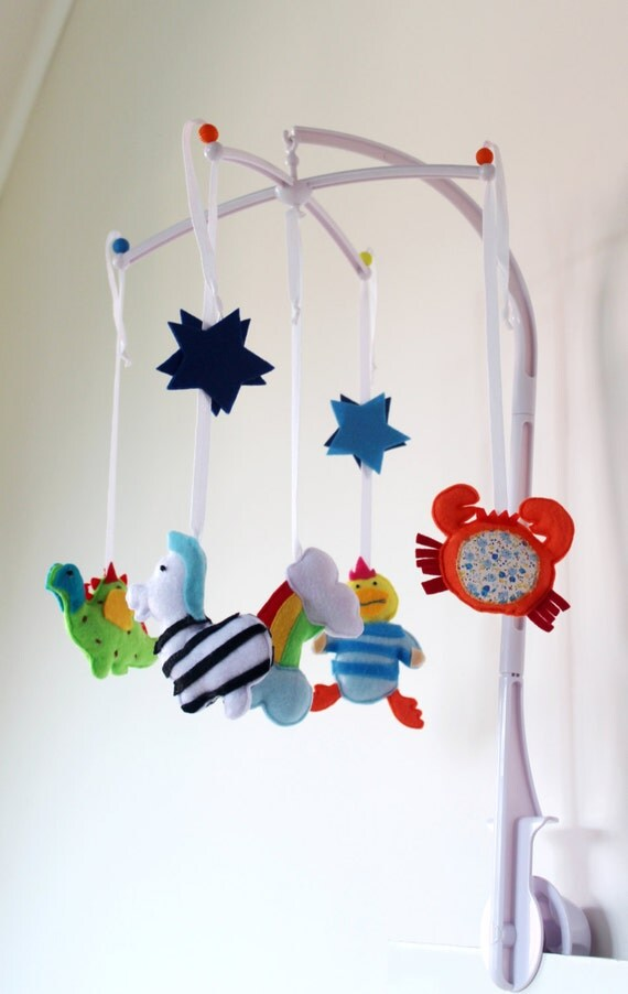 felt boy mobiles boys baby mobile modern nursery decor boy. Black Bedroom Furniture Sets. Home Design Ideas