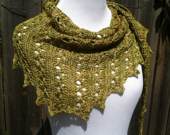 Two-tone Retro Lace Shawlette, Shawl, Scarf, Yellow and Green SHIPS FREE
