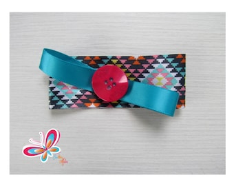 Clip hair magenta button with diamond bottom black/blue