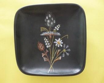 Decoration dish flower motif vintage Denmark