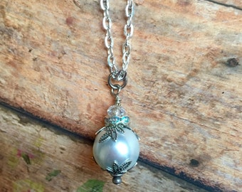 Elegant Pearl Necklace