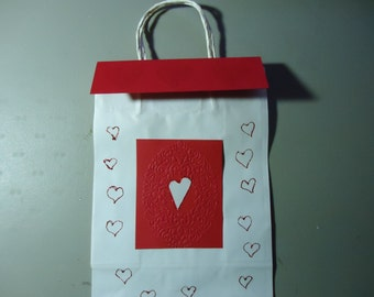 Gift bag one of a kind. Removable topper and gift tag. Valentines. PInk, red, white. 2.00 discount if purchasing set of 5.