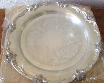 Vintage WM. Rogers Silver Platter Never Used, Serving Platter, Round Platter