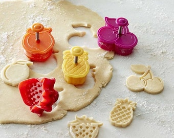 Fruit Cookie Cutter Plunger Set - Strawberry Pineapple Grapes Cherry - Fondant Cake Decorations - Craft Clay - DIY - PC0034