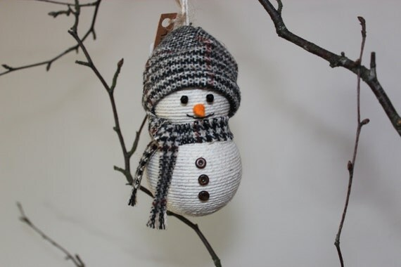 Rustic snowman christmas decoration snowman by twinedreams for Rustic snowman decor
