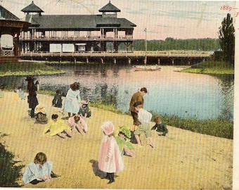 Kingston Point, New York - Vintage Postcard of children playing on Sand Beach in the Summertime