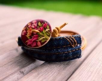 Bracelet women - leather strap - button - handmade - recycled Jean Bracelet - Bracelet hippie - Bohemian Bracelet