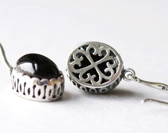 Onyx Earrings Set in Sterling Silver, Oval Earrings, Gemstone Earrings, Antique Style Jewelry