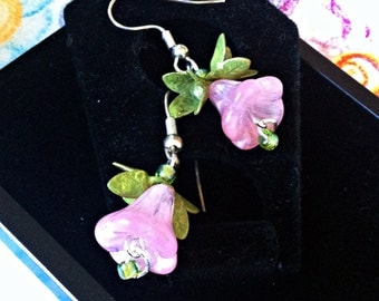 Dainty Pink Flower Earrings With green Details
