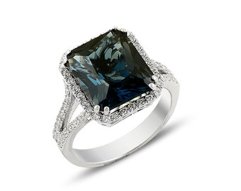 London Blue Topaz and Diamond Ring (18k Gold)
