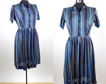Vintage 1970s Union Made Festival Stripe Day Dress / large