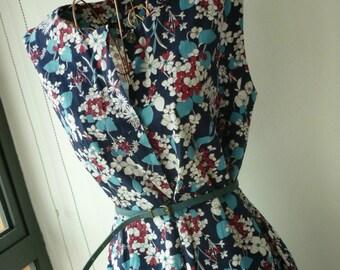 1960s Style Vintage Floral Shift Dress (Plus size best fit UK14)