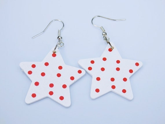 Star-earrings made of wood white with red dots on silver-colored earrings-rockabilly style red pendant earrings Jewelry