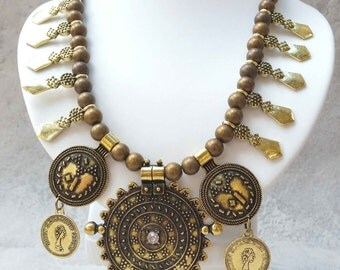 """Ethnic necklace of inspiration """"Ancient Rome"""" - Ethnic necklace of inspiration """"Ancient Rome"""""""