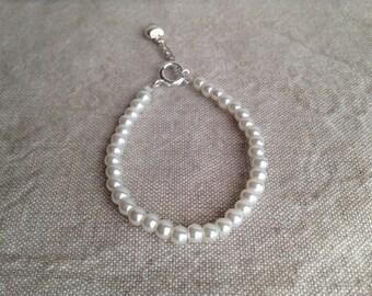 Flower girl bracelet, beaded child's bracelet, beaded pearl flower girl bracelet, pearl flower girl bracelet, first communion bracelet