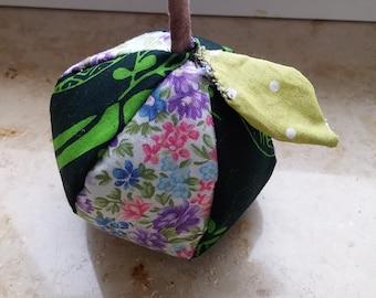 Apple - Pincushion