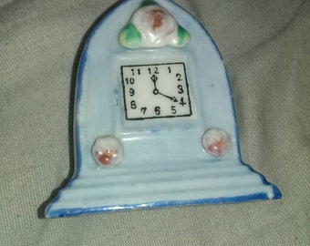 Antique made in occupied Japan miniature porcelain clock