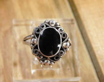 Lovely Onyx Sterling Silver Ring