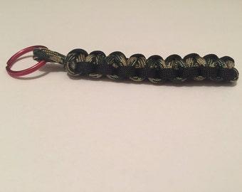 Customizable Cobra Stitch Paracord Keychain