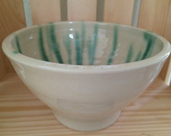 White with green drips serving bowl