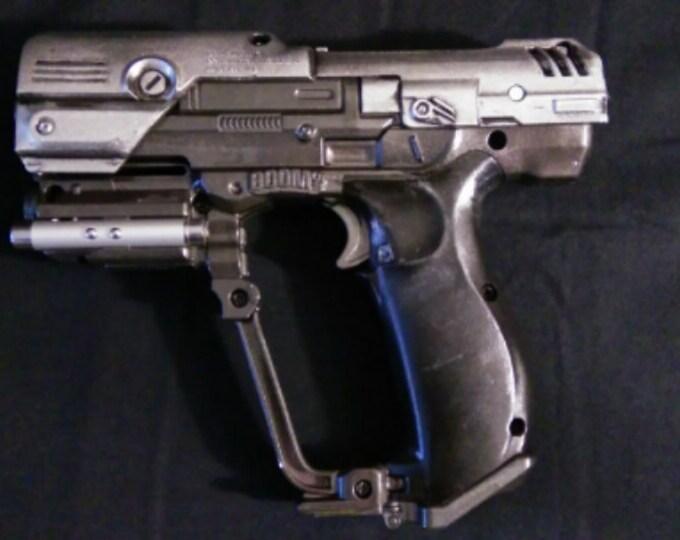 Halo Series Classic M6 A1 50. Caliber Pistol