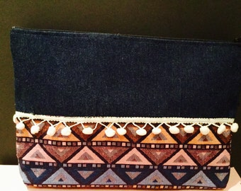Pocket jeans and ethnic printed fabrics