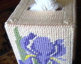 Iris tissue box holder