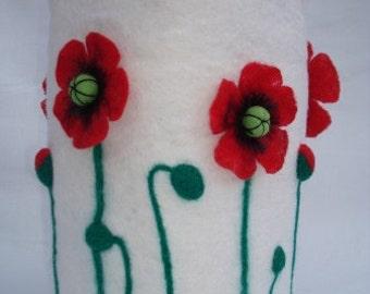 "Lamp ""Poppies"" 100 % wool ."