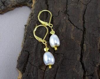 Pearl drop gold earrings