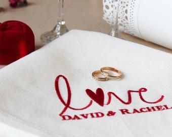 "Personalized wedding  ""Love"" white napkins with monogram"