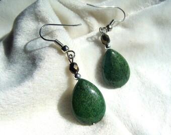 Copper Green Gemstone Earrings - Pear