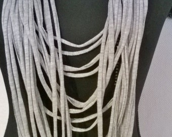 Tshirt Scarf light grey, long model with 2 loose long black bead necklaces