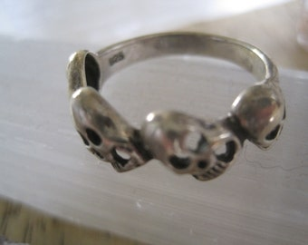 STERLING SKULL RING 925 Size 8