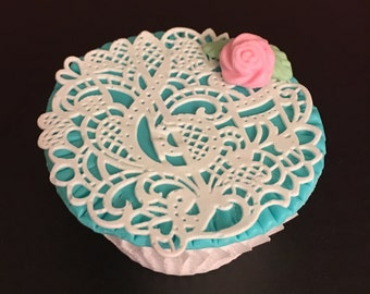 "12 Sugar Doilies Lace, Edible Cake Lace, Musical Note  3"" Applique (FREE SHIPPING)"