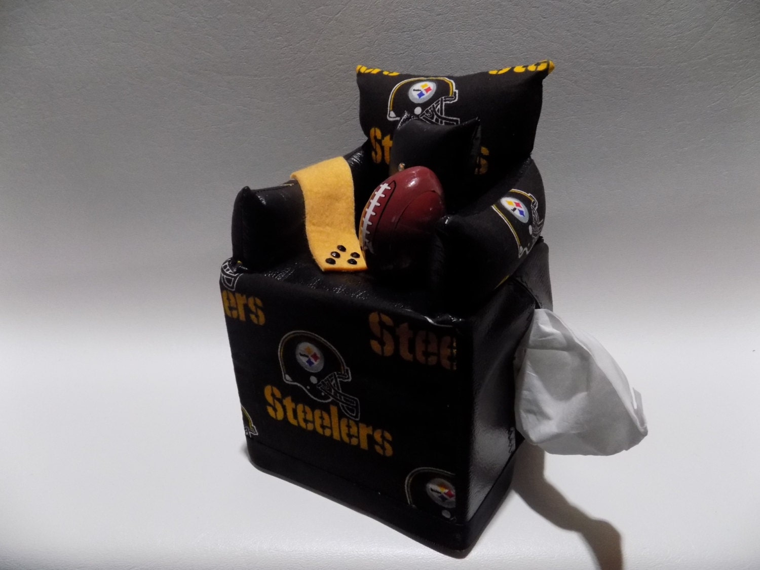Item 036 Pittsburgh Steelers Tissue Box By Creativetissueboxes