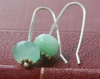 Green chrysoprase earrings