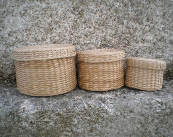 Straw baskets- Set of 3 with different sizes- Round baskets wit cap -Handmade- Portuguese baskets