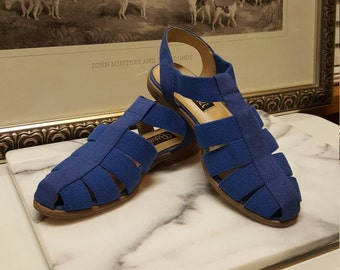 Vintage 80s Borelli Women's Blue Flats Sandals 1980s Size 8 ~~ Boho, Bohemian, Retro, Classic, Traditional, Hippie