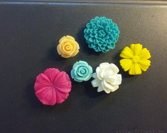 Flower Magnets - 6 Multicolor Flower Magnets