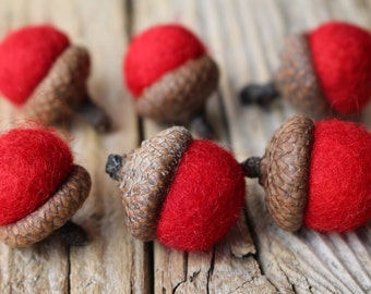 Red Needle Felted Acorns. Wool Acorns, Natural toy. Home Decoration. Eco - friendly. Felt acorns. Set of 6