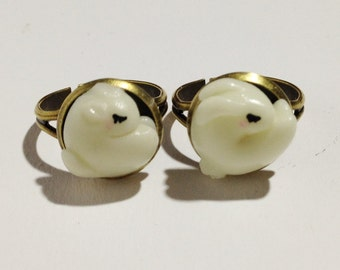 Fluorescent Little bunny and squirrel rings set