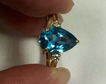 14K Yellow Gold Ring With Blue Topaz and Diamonds, Size 3.5