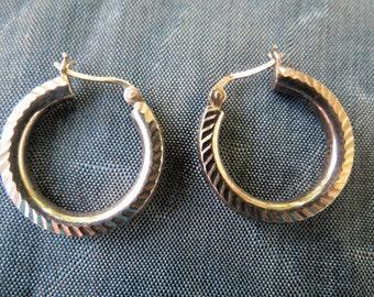 Classic Vintage Sterling Silver Hoop Earrings