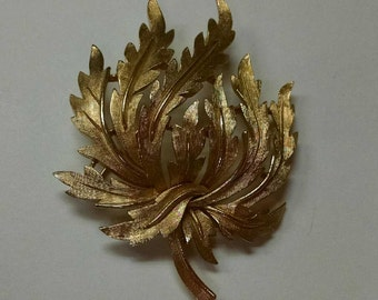 Vintage Trifari Gold Leaf Brooch from the 1950s