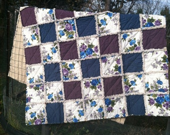 Country style romantic rag quilt twin size!!!